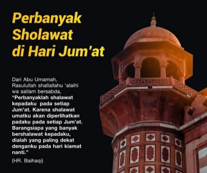 Peringatan terhadap orang yang terlambat ke masjid ketika Jum'at